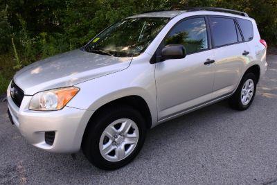 2009 Toyota RAV4 Base (Classic Silver Metallic)