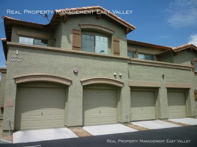 Townhouse Rental - 805 S Sycamore