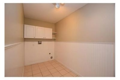$2,500/mo - in a great area. 2 Car Garage!