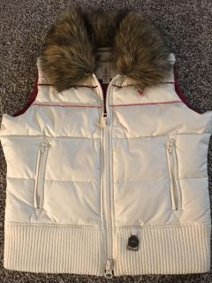 Abercrombie & Fitch Puffer Vest! Adorable! Size: M