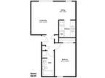 WatersEdge Denton Apartments - Spruce