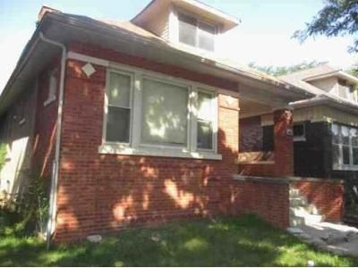 4 Bed 2 Bath Foreclosure Property in Chicago, IL 60649 - S Yates Blvd