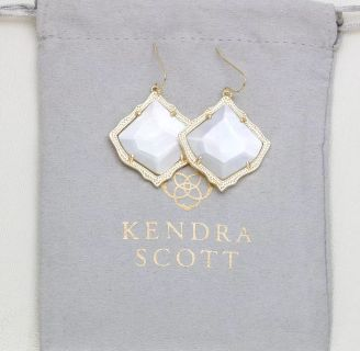 Brand new Kendra Scott, gold and ivory pearl, Kirsten earrings!