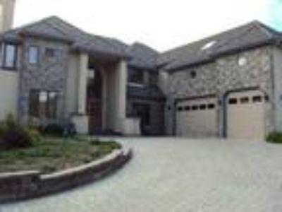 San Jose Five BR Four BA, Rosetta De Luca's Properties 1 Start/Stop