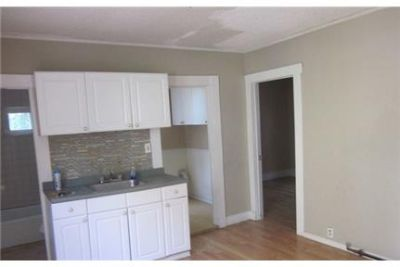 Lowell - in a great area. Washer/Dryer Hookups!