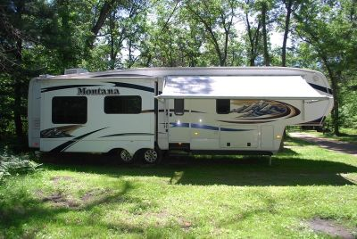 2011 Keystone Montana 3585SA