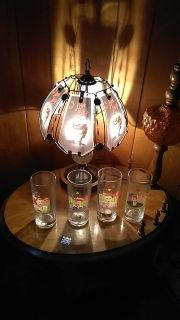 I love Lucy lamp and 4 glasses
