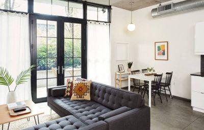 $2500 studio in Portland Downtown