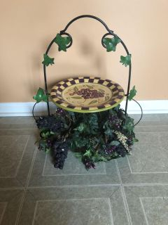 Grapes n vines table centerpiece stand