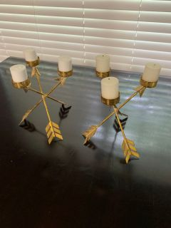 Set of 2 Gold Arrow Candle Holders