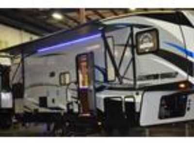 2018 Forest River Cherokee Arctic Wolf 265DBH8