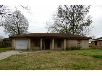 3 Bed 1.5 Bath Foreclosure Property in Gray, LA 70359 - Rhett Pl