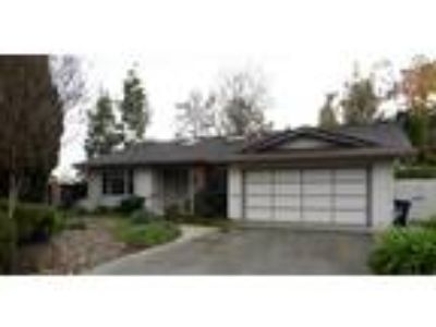 Fremont, Mission Valley, Lovely Court Location