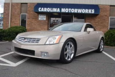 2006 Cadillac XLR Base (Gold Mist)