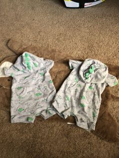 Carters twin 9m Dino hooded outfit