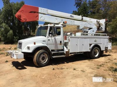 Altec Bucket on a 2002 Freightliner FL80 S/A Truck