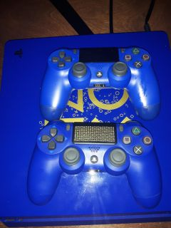 Ps4 blue limited edition