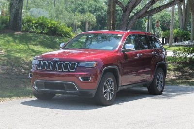 2017 Jeep Grand Cherokee Limited (Maroon)