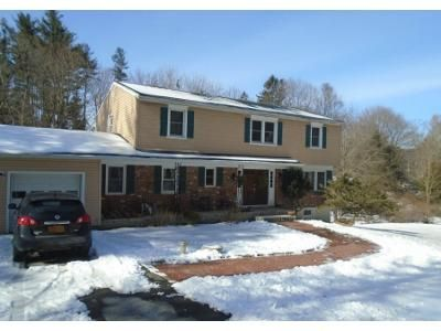 4 Bed 2 Bath Preforeclosure Property in Yorktown Heights, NY 10598 - William Ct