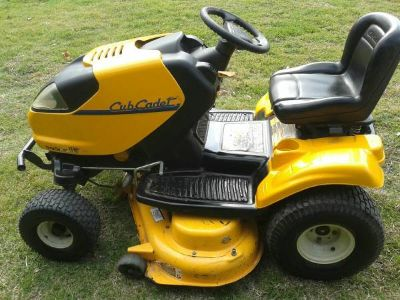 i1050 Cub Cadet Zero Turn Riding Mower