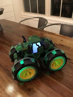 Lights and sound John Deere tractor