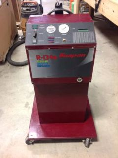 Snap on Model EEAC508 Refrigerant Recover Recycle Recharge Machine with drum and