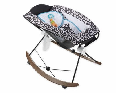 Fisher-Price Deluxe Smart Connect Rock 'n Play Sleeper