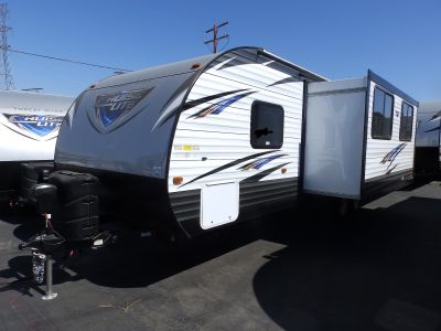2019 Forest River SALEM 263BHXL, 1 SLIDE, REAR BUNKS, POWER PACKAGE, EXTERIOR BATHROOM ENTRANCE, FRONT QUEEN BED, SOFA/SLEEPER, DINETTE, SLEEPS 7