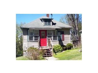 3 Bed 1 Bath Foreclosure Property in Binghamton, NY 13903 - Seneca St