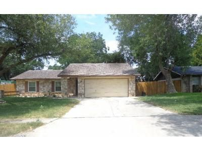 3 Bed 2 Bath Foreclosure Property in San Antonio, TX 78239 - Kentsdale