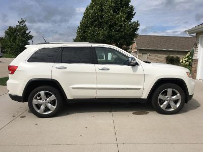 2012 Fully Loaded Jeep Grand Cherokee Excellent condition