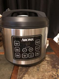 Aroma rice cooker, steamer, and slow cooker