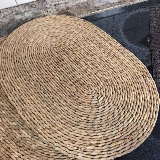 Wicker place mats (4 in set) great condition $5.00
