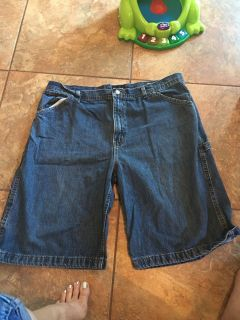 No boundaries, 40 Jean shorts - ppu (near old chemstrand & 29) or PU @ the Marcus Pointe Thrift Store (on W st.)