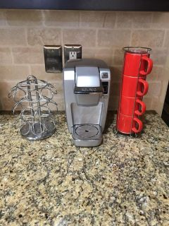 Keurig with cups and Holder