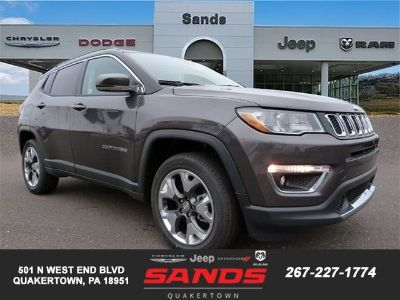 2019 Jeep Compass LIMITED 4X4 (Granite Crystal Met. Clear Coa)