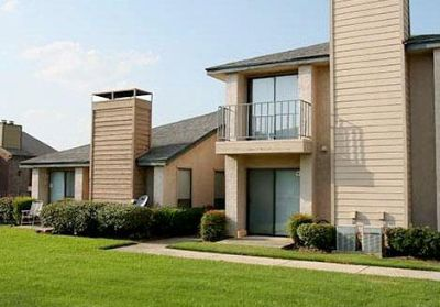 Irving 1/1$816 Pool, Free WiFi Areas, Tennis court, Laundry room, School bus stop, W/D rental($45)