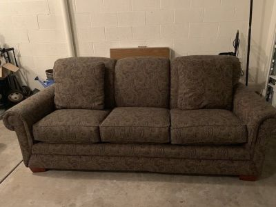 Like new sleeper sofa