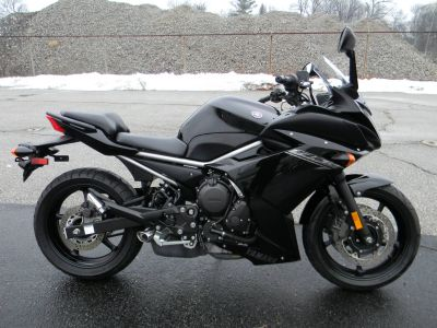 2014 Yamaha FZ6R Sport Motorcycles Springfield, MA