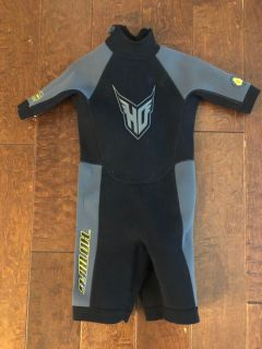Kids/toddler wet suit
