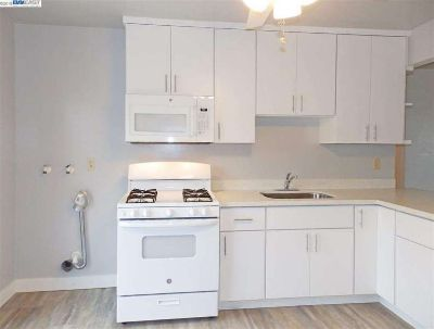 Clean & Modern 2-bedroom unit for rent