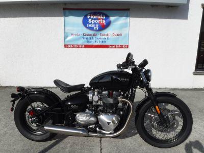 2017 Triumph Bonneville Bobber Cruiser Motorcycles Stuart, FL