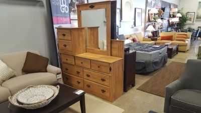 (NEW) Savannah 5 PC Bedroom Set $729.99