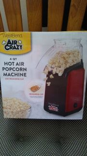 New Westbend 4 quart Hot air popcorn machine