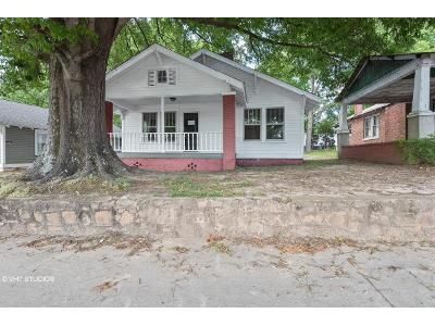 2 Bed 1 Bath Foreclosure Property in Union, SC 29379 - S Pinckney St