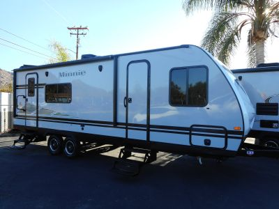 2019 Winnebago 2401RG MINNIE