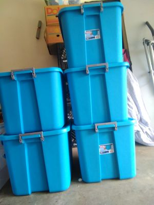 20 gallon totes with 5 total