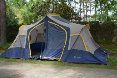 Large 10 person camping tent
