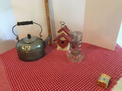Vintage tea kettle birdhouse and feeder