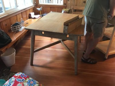 Free blonde oak dining table